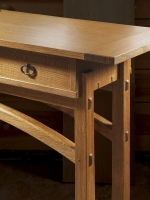 Mike Pekovich arched entry Table detail 800